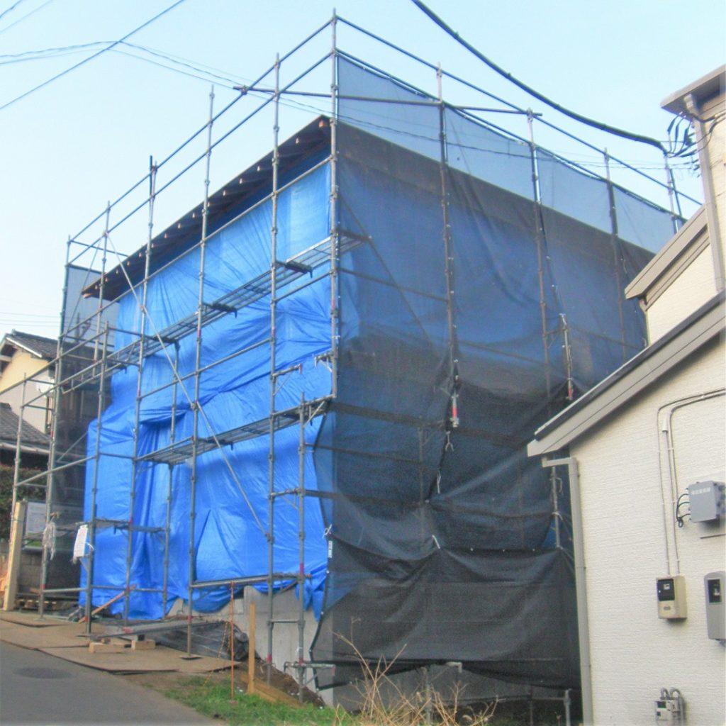 【注文住宅】ブルーシートで雨対策