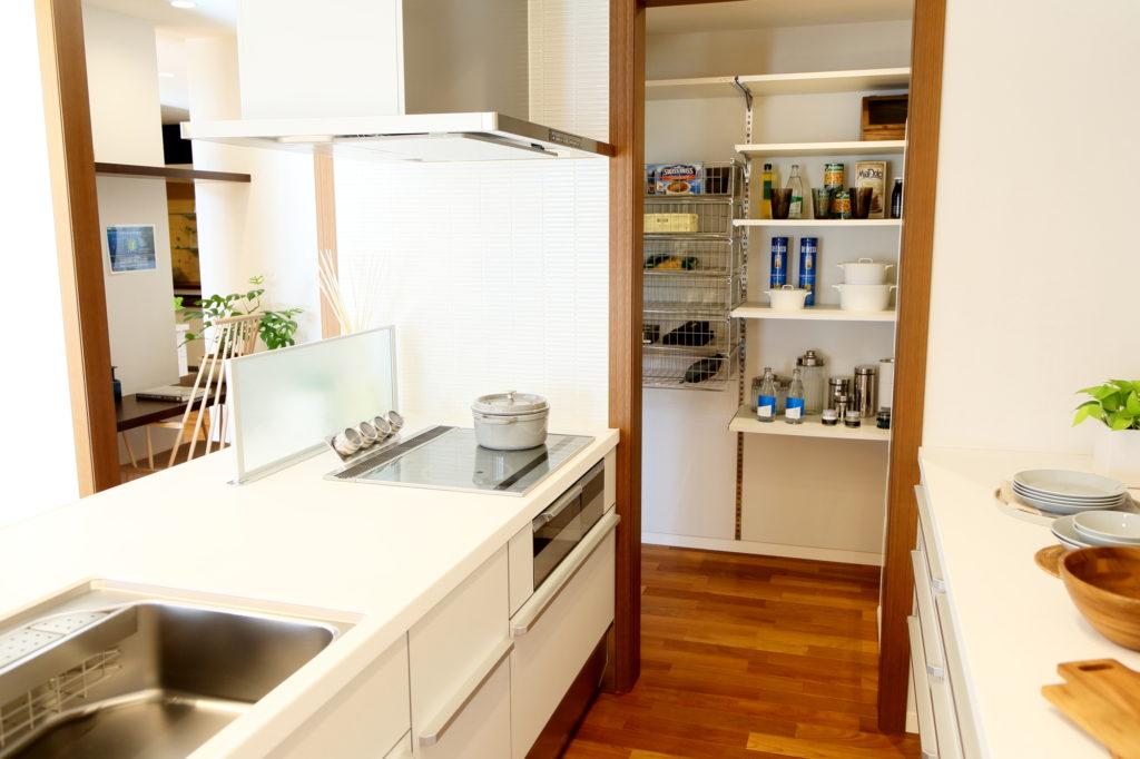 注文住宅の間取りパントリーを説明するブログ